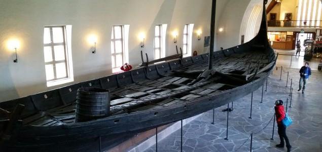 Vikingskipshuset – Muzeum Łodzi Wikingów